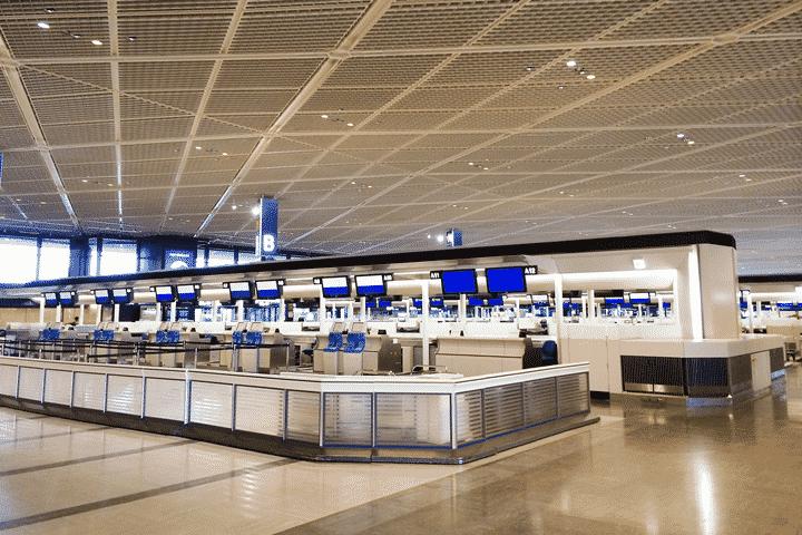 メリット6.空港宅配サービス、クロークサービスが使える