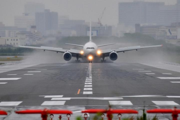 1.ANA国際線・国内線の便を利用する