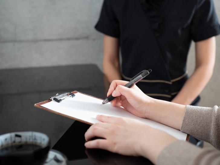 書類・手続の不備等に由来する4つの原因