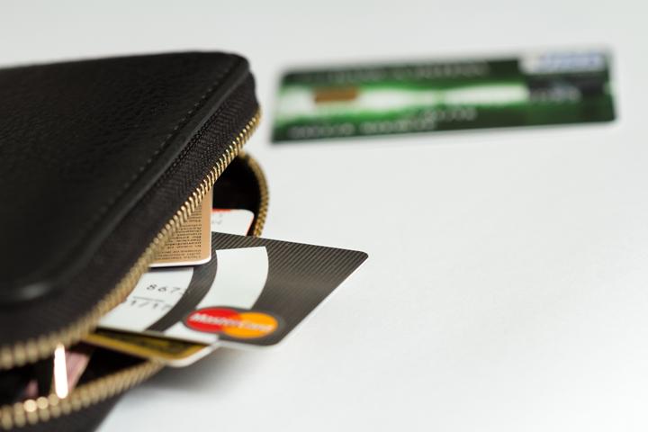 クレジットカード会社が違うと、何が起こる?
