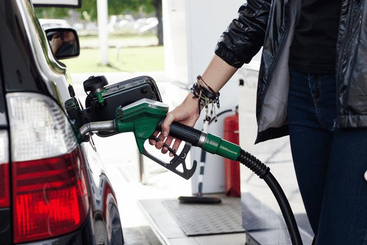 なぜ、ガソリンカードが協同組合を通じて手に入る?