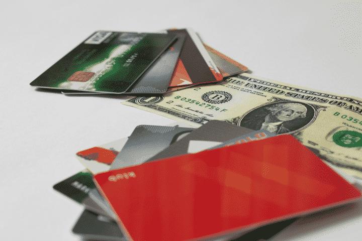 ゴールドカードを取得する条件6.クレジットヒストリー