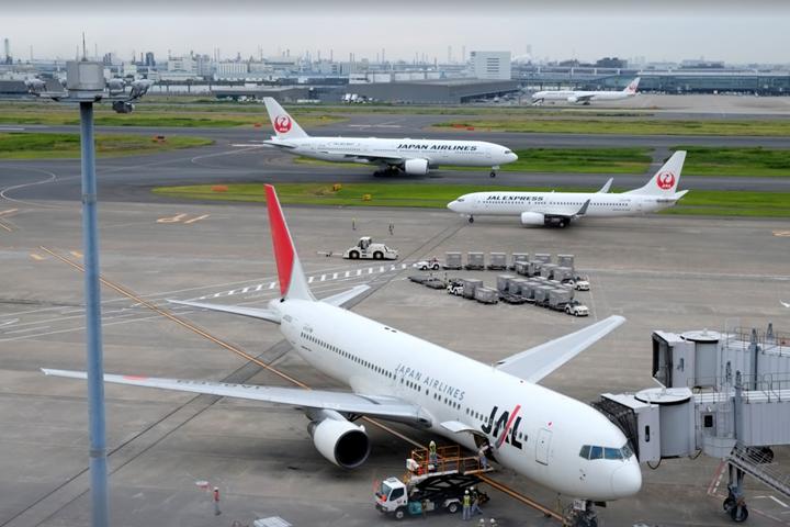 【飛行機に乗らない人向け】JALマイルをクレジットカードで最も効率よく貯める方法