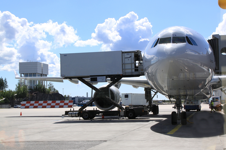 4.無料航空券を手に入れるには、マイルはどれだけ必要?