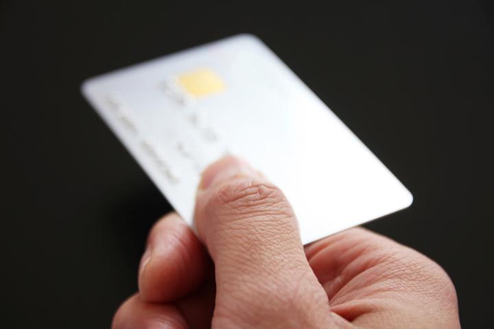 クレジットカードを使った支払い方法とは?