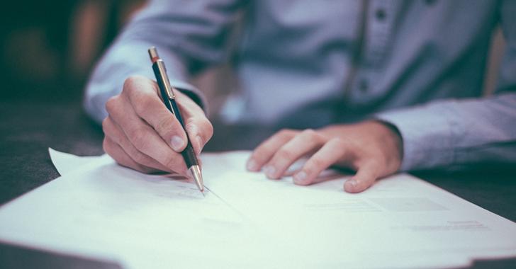 学生は年収をクレジットカードの審査で書くべき?