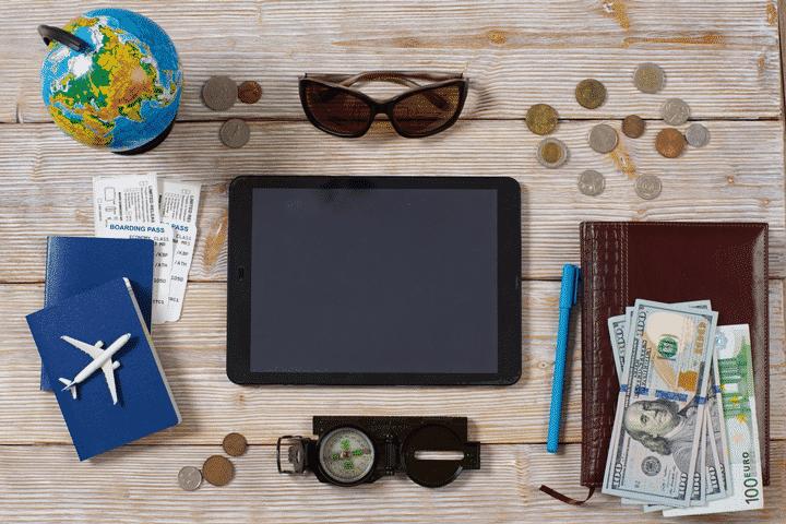 海外旅行傷害保険が付帯している即日発行できるクレジットカード2選